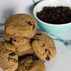 Seven cinnamon cookies with raisins